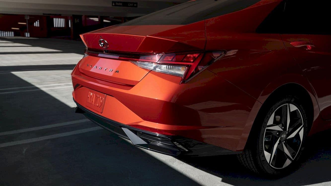 The All New 2021 Hyundai Elantra 5