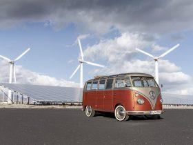 Volkswagen E Bulli Concept 12