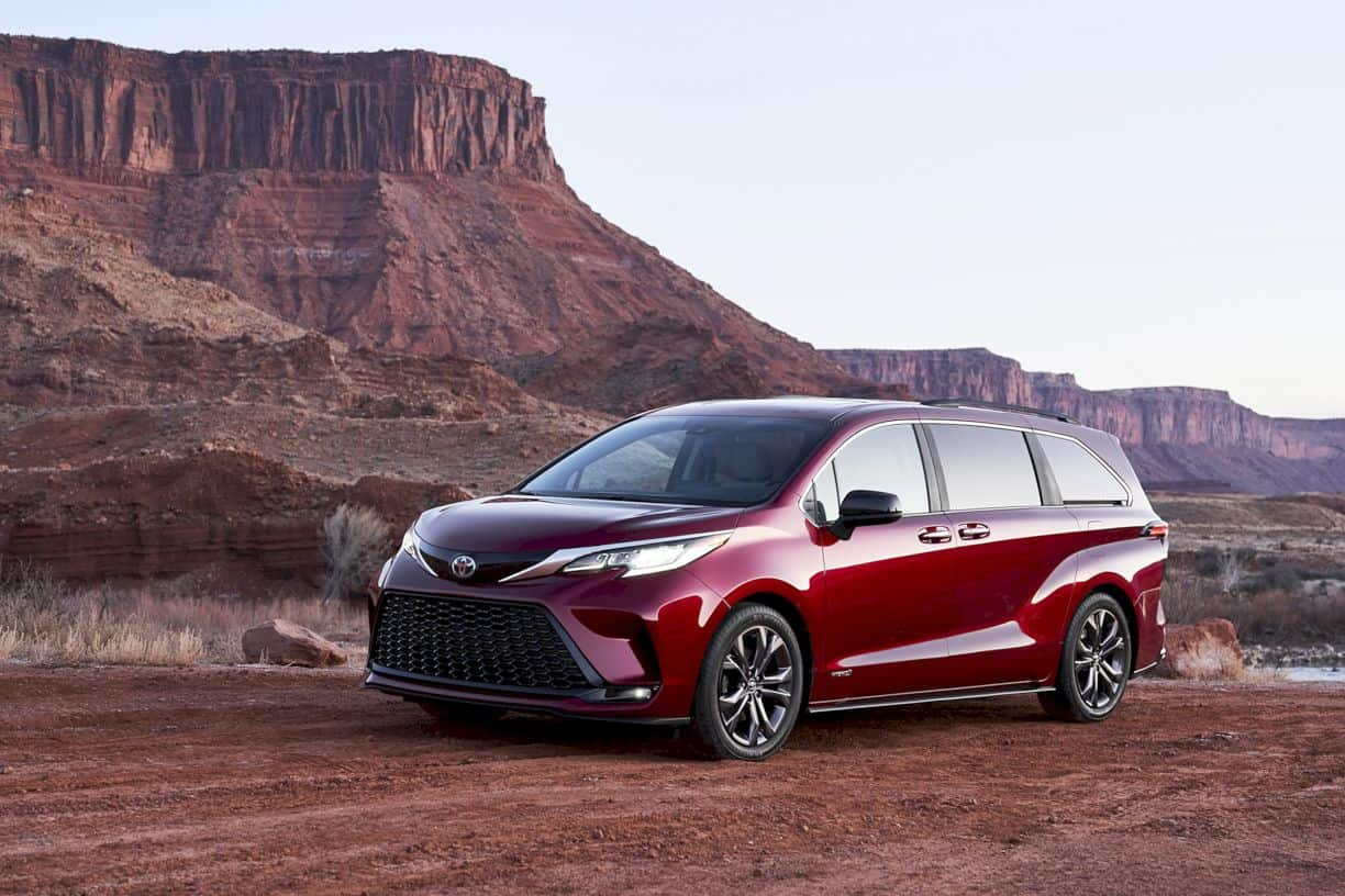 All New 2021 Toyota Sienna 4