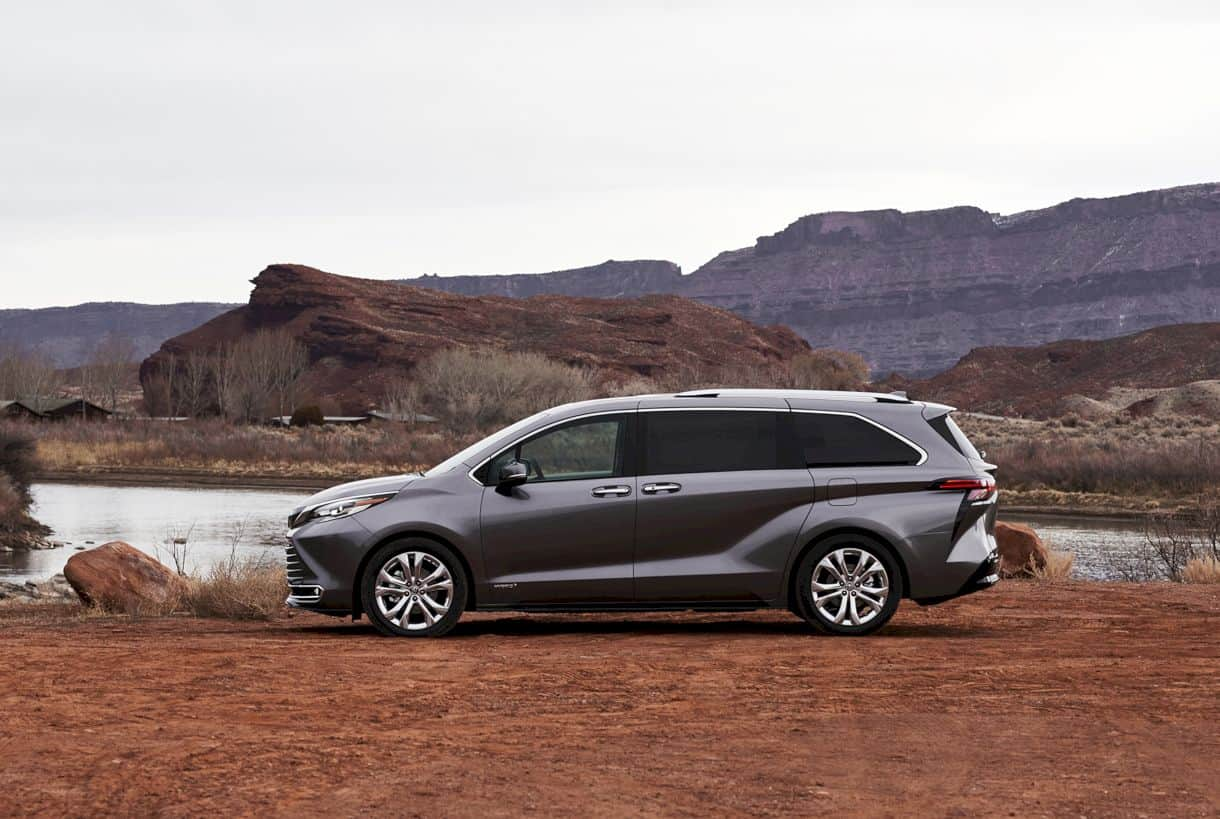 All New 2021 Toyota Sienna 7