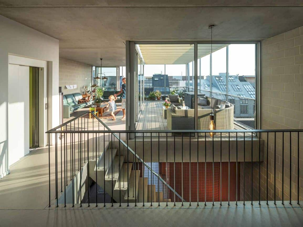3 Generation House By Beta Office 2