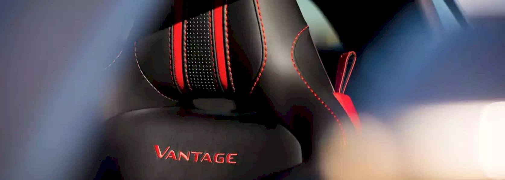 Aston Martin Vantage 3
