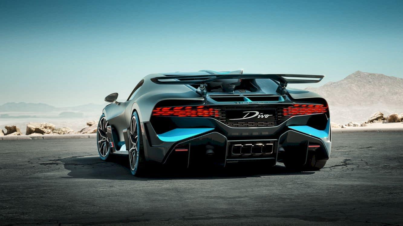 Bugatti Divo 8