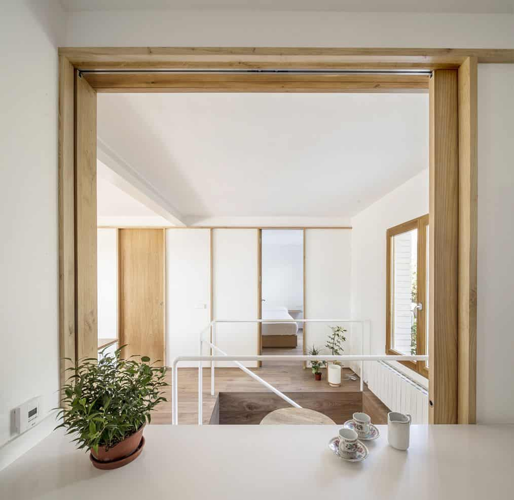 Costa Brava House By Román Izquierdo Bouldstridge 6