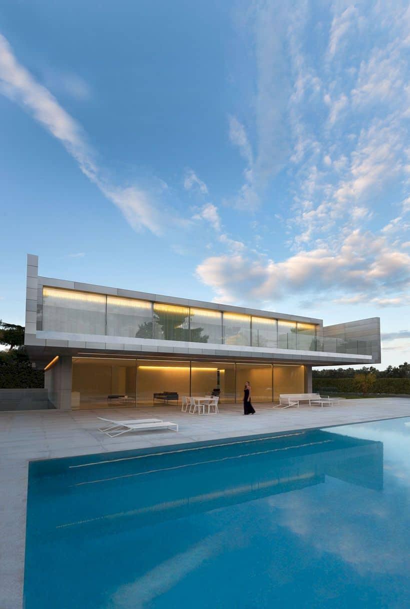 Aluminum House By Fran Silvestre Arquitectos 8
