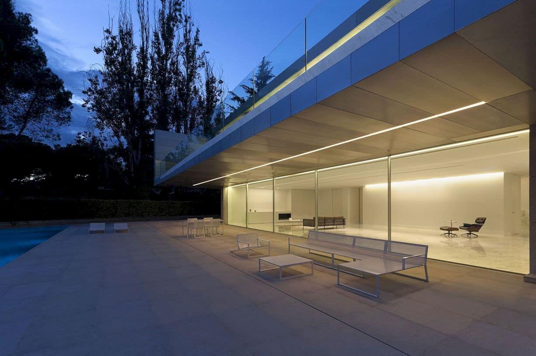 Aluminum House By Fran Silvestre Arquitectos 9