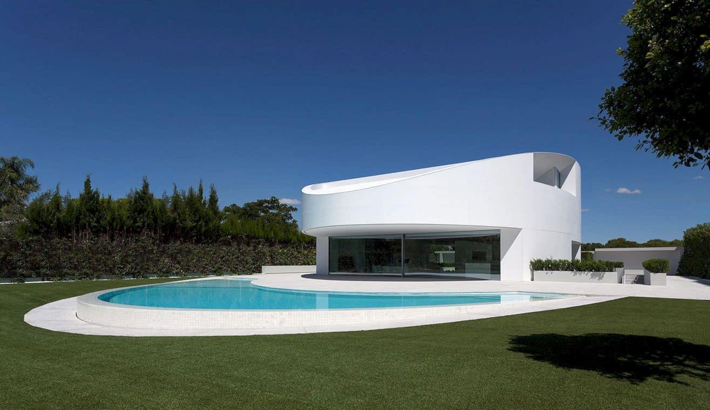 Balint House By Fran Silvestre Arquitectos 11