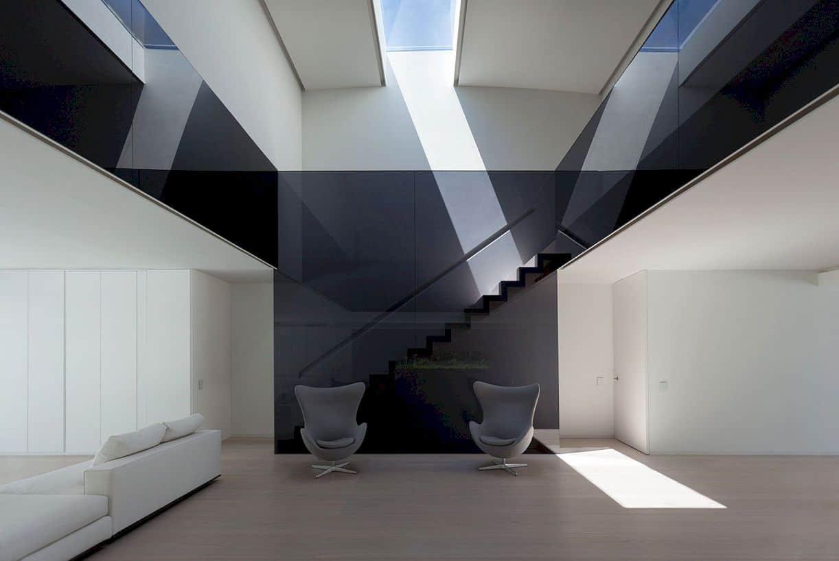 Balint House By Fran Silvestre Arquitectos 2