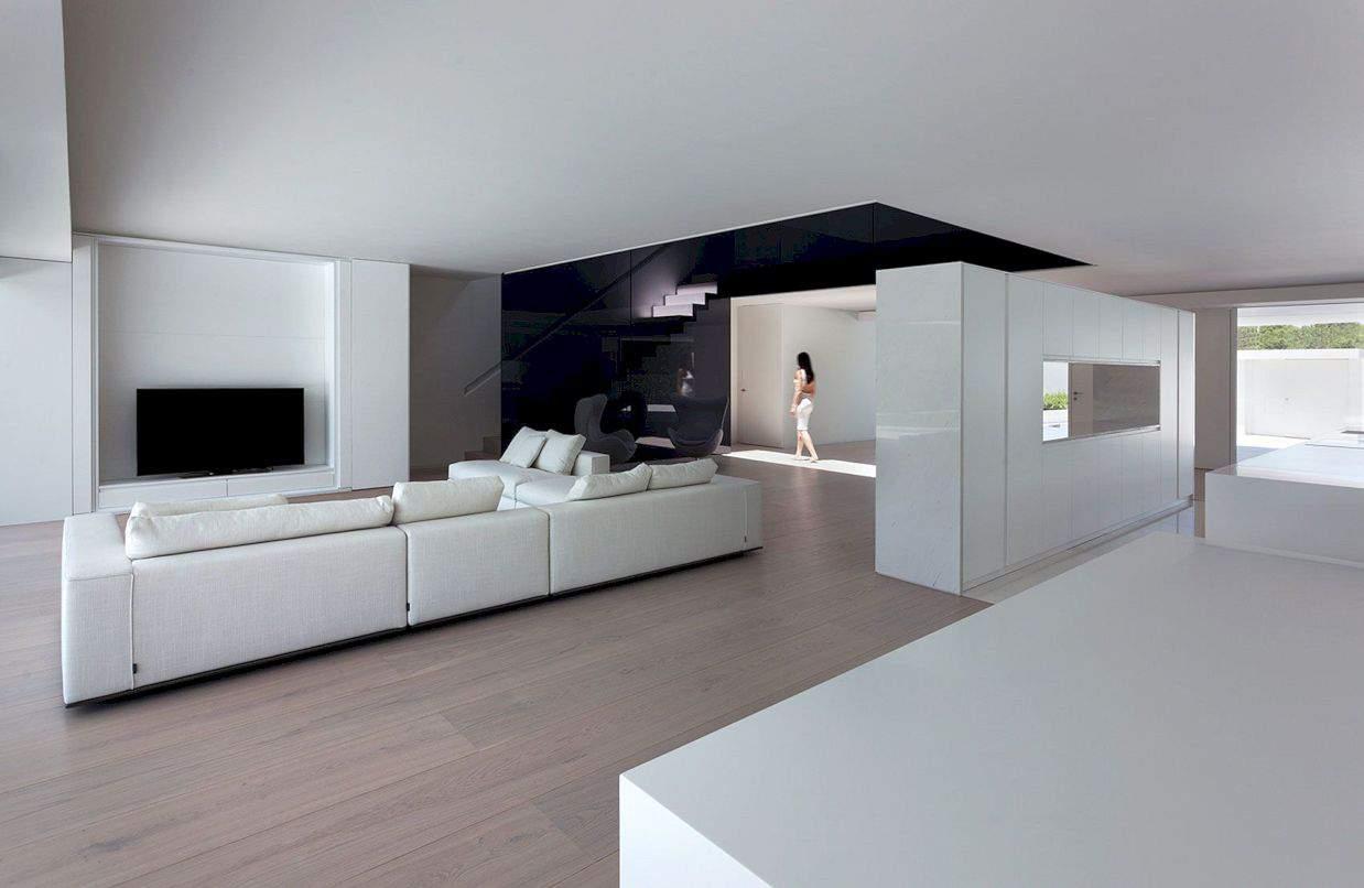 Balint House By Fran Silvestre Arquitectos 4