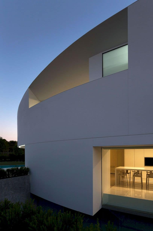 Balint House By Fran Silvestre Arquitectos 7