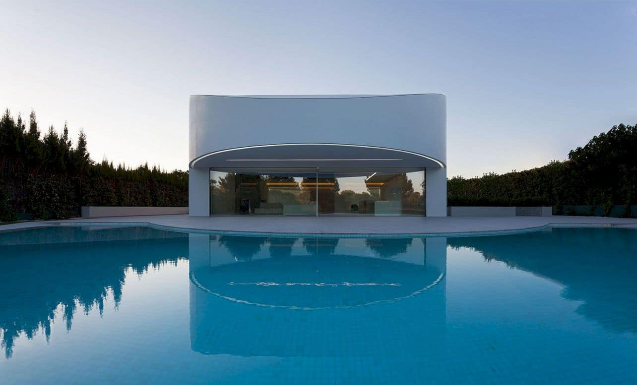 Balint House By Fran Silvestre Arquitectos 9