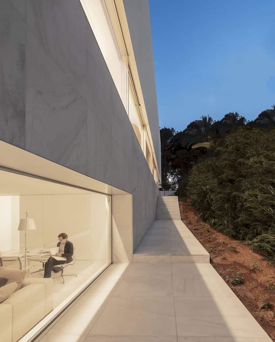 Hofmann House By Fran Silvestre Arquitectos 4