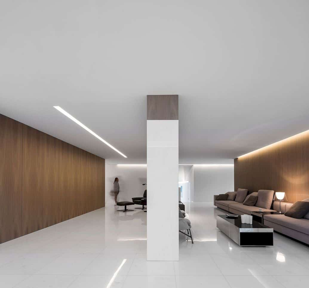 House Between The Pine Forest By Fran Silvestre Arquitectos 1