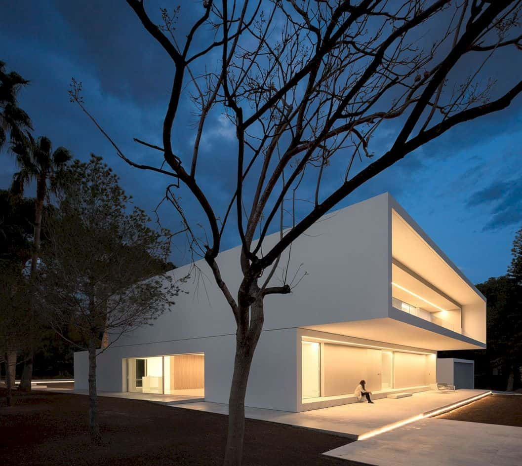 House Between The Pine Forest By Fran Silvestre Arquitectos 6