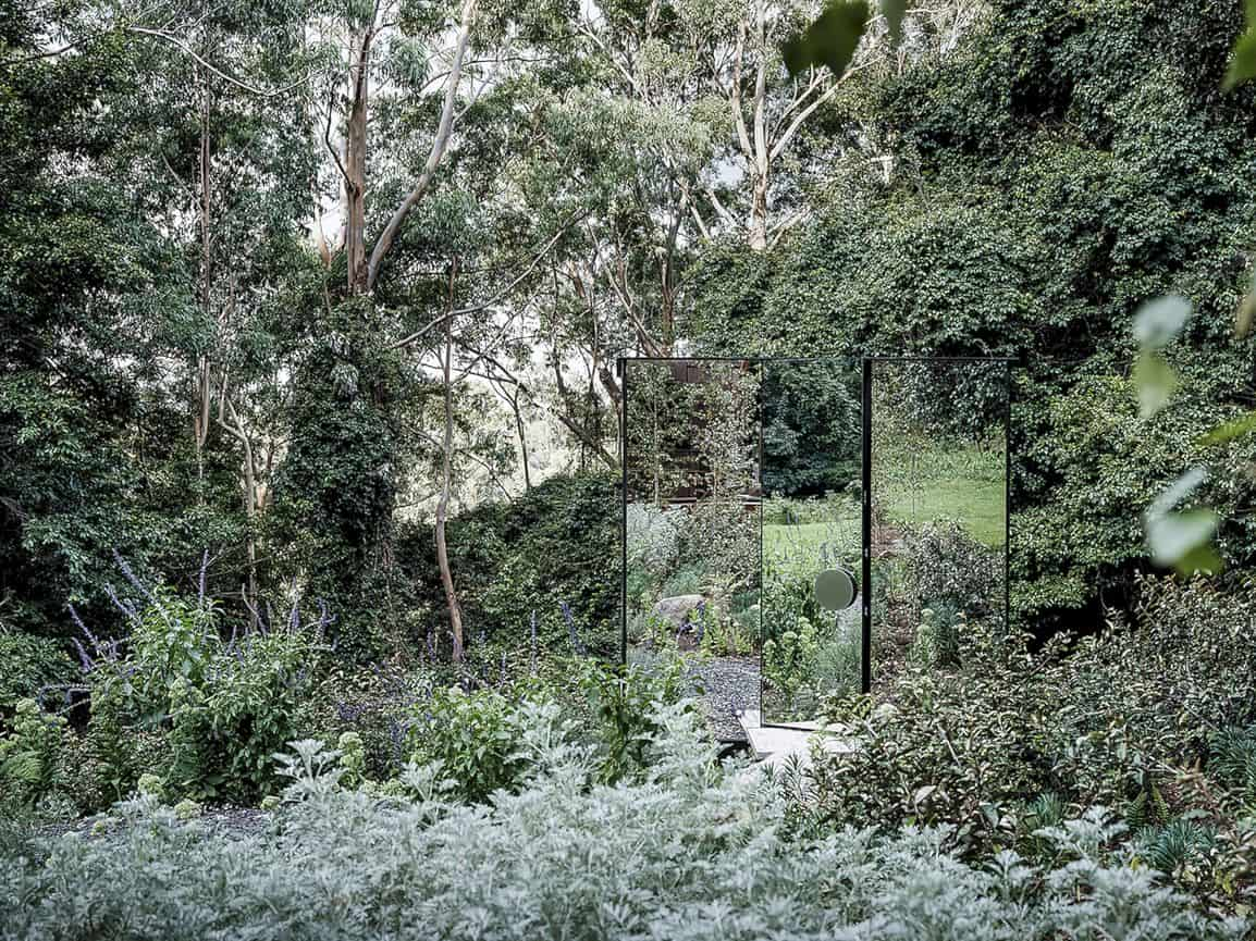 Kangaroo Valley Outhouse By Madeleine Blanchfield Architects 7