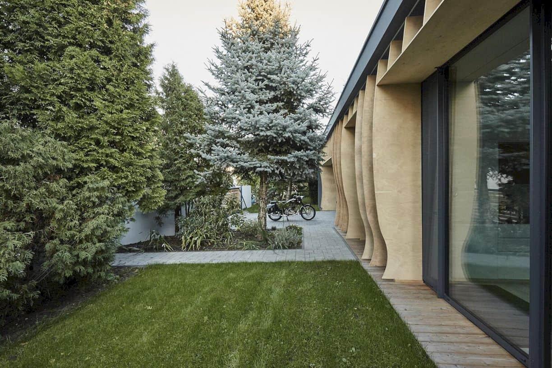Razor House By 81 Waw Pl Studio 2