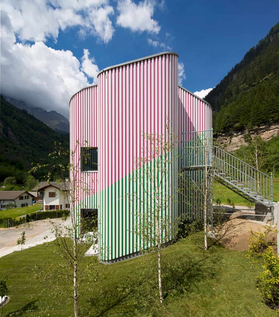 Swiss House Xxxii Rossa By Davide Macullo Architects 3