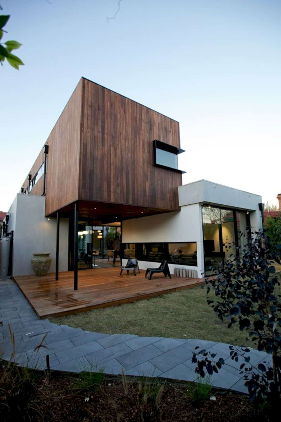 Elwood House By Jost Architects 11