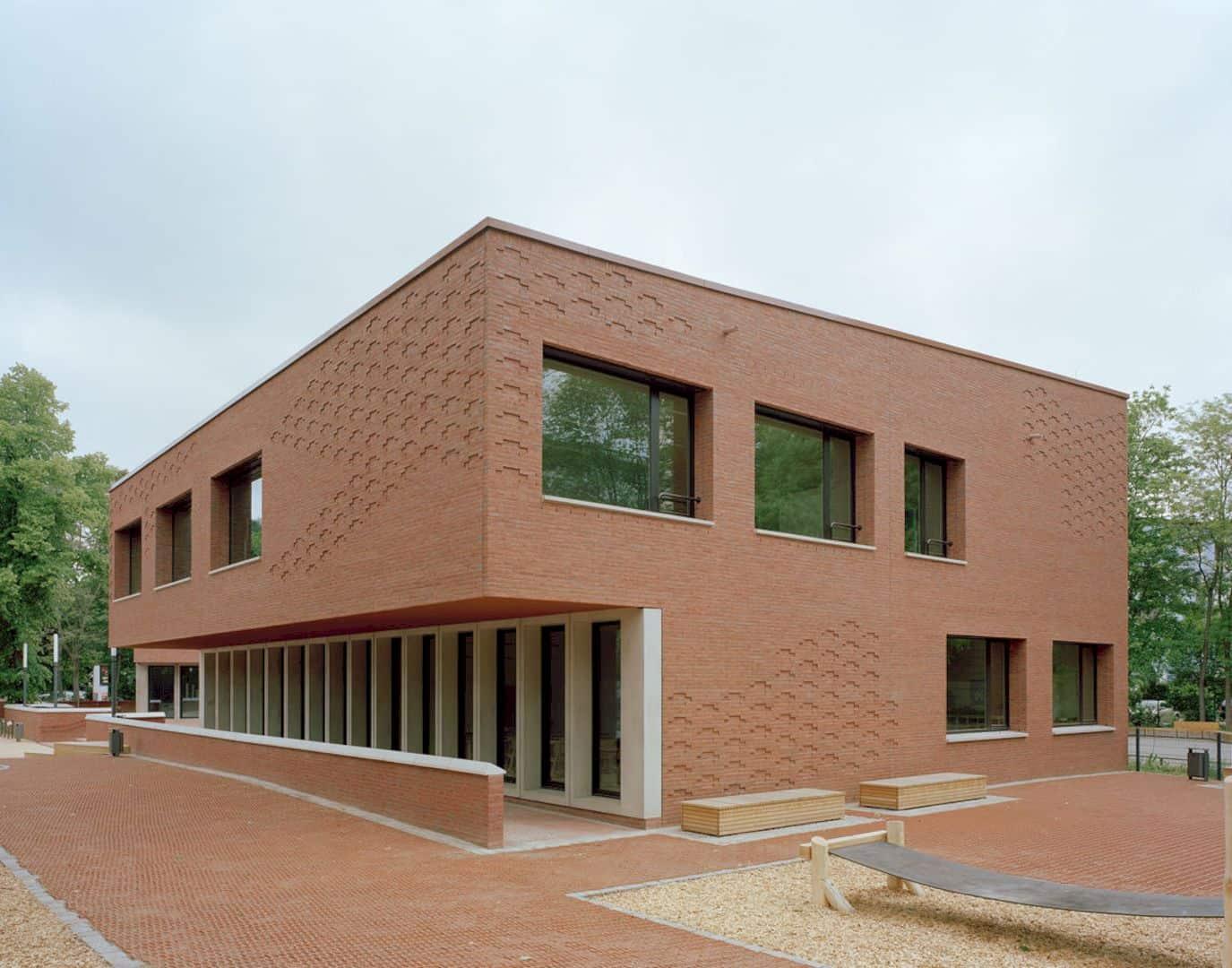 Ludwig Hoffmann Primary School By AFF Architekten 10