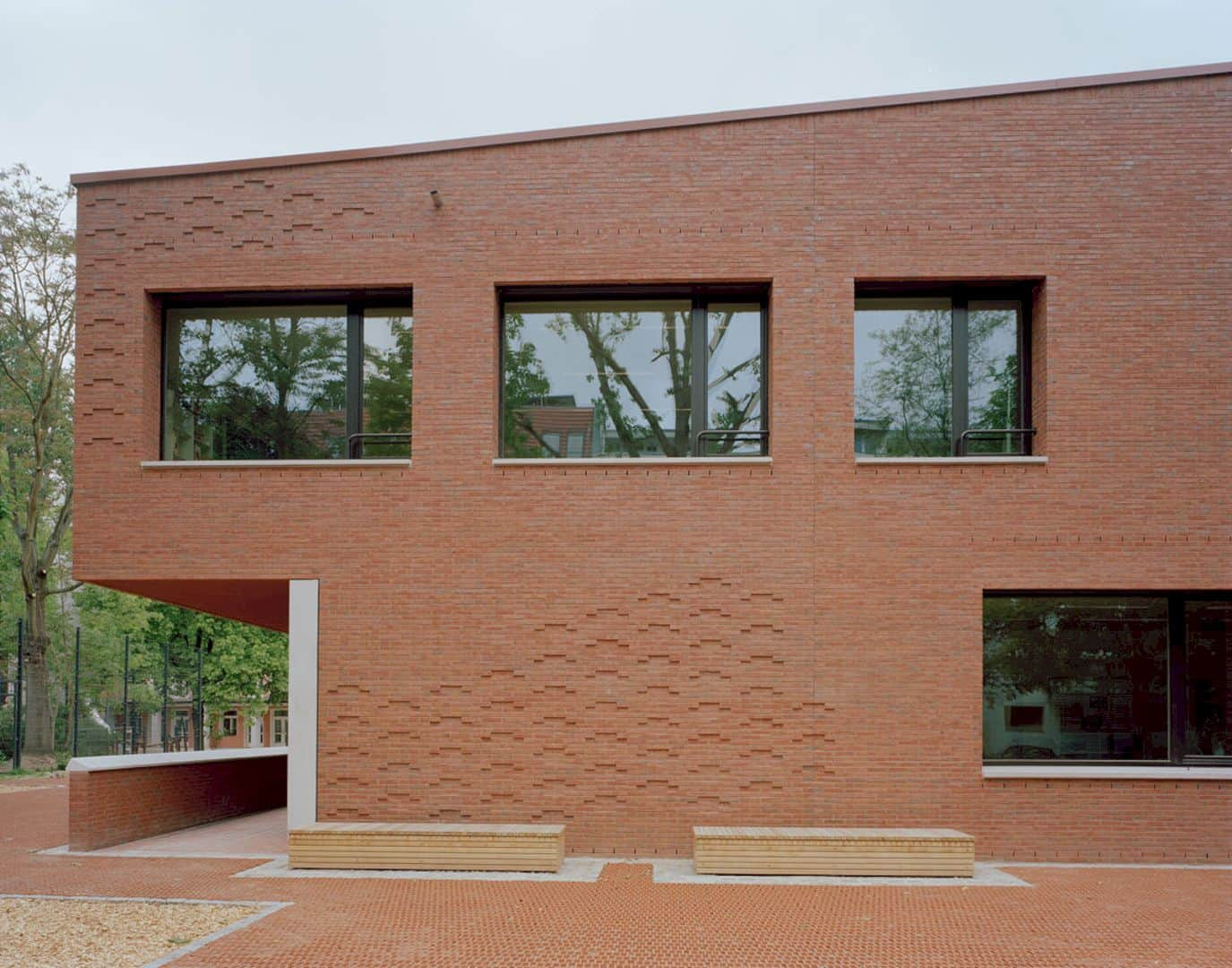 Ludwig Hoffmann Primary School By AFF Architekten 11