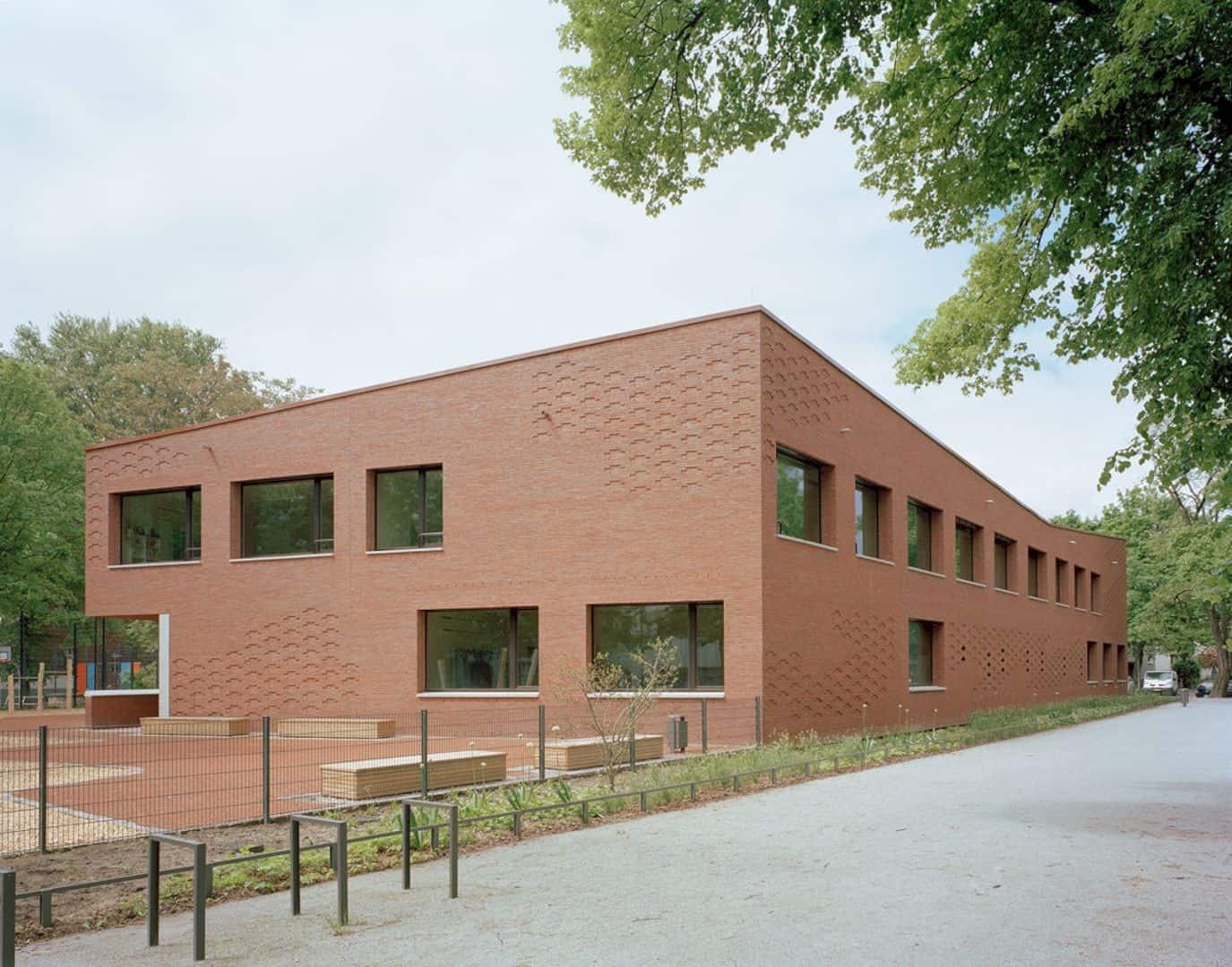 Ludwig Hoffmann Primary School By AFF Architekten 14