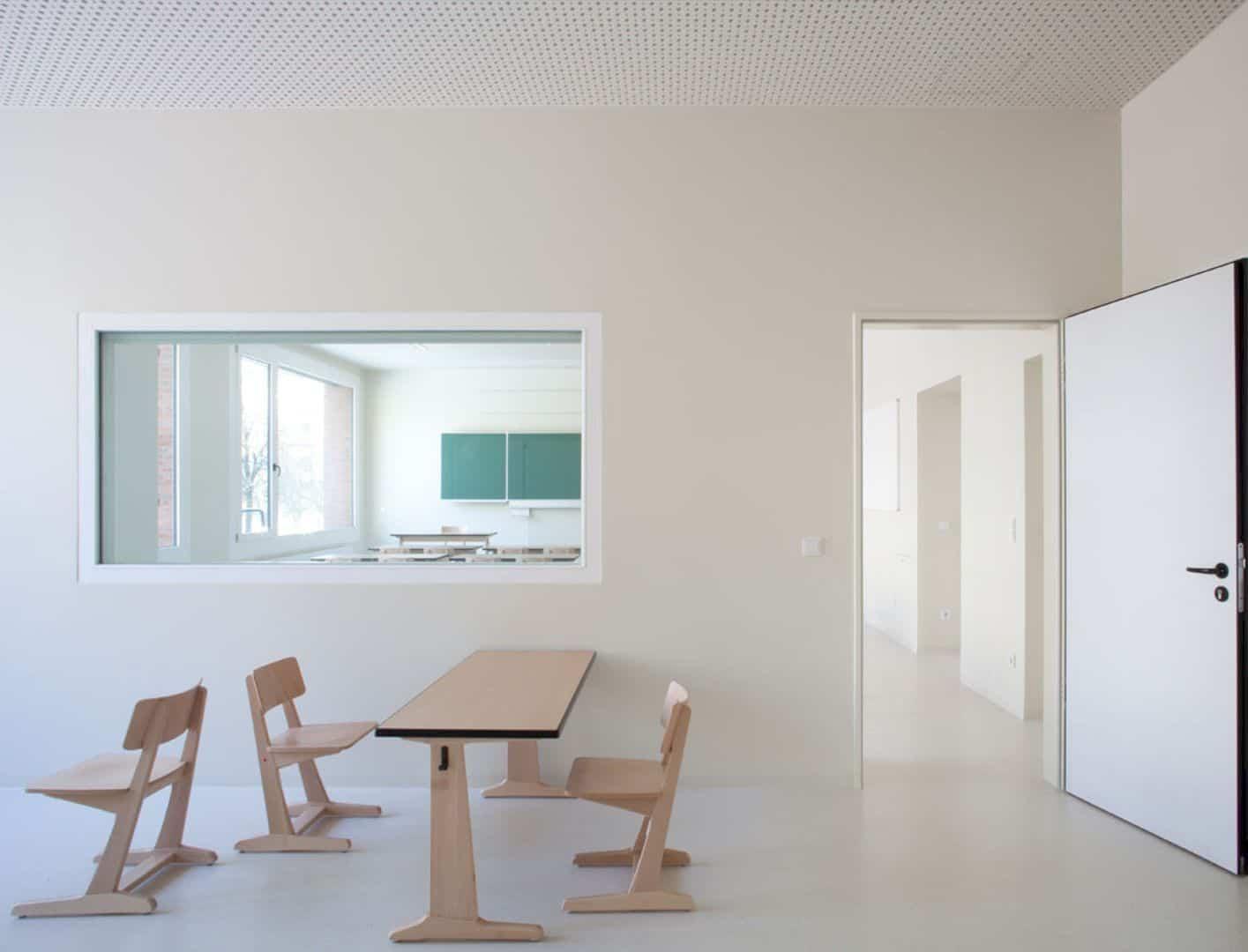 Ludwig Hoffmann Primary School By AFF Architekten 2
