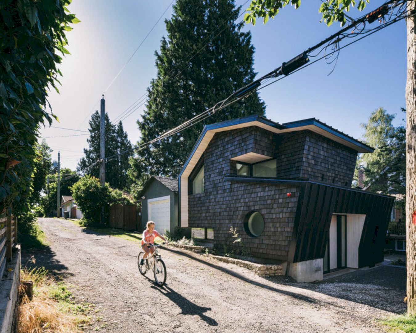 Point Grey Laneway By Campos Studio 10
