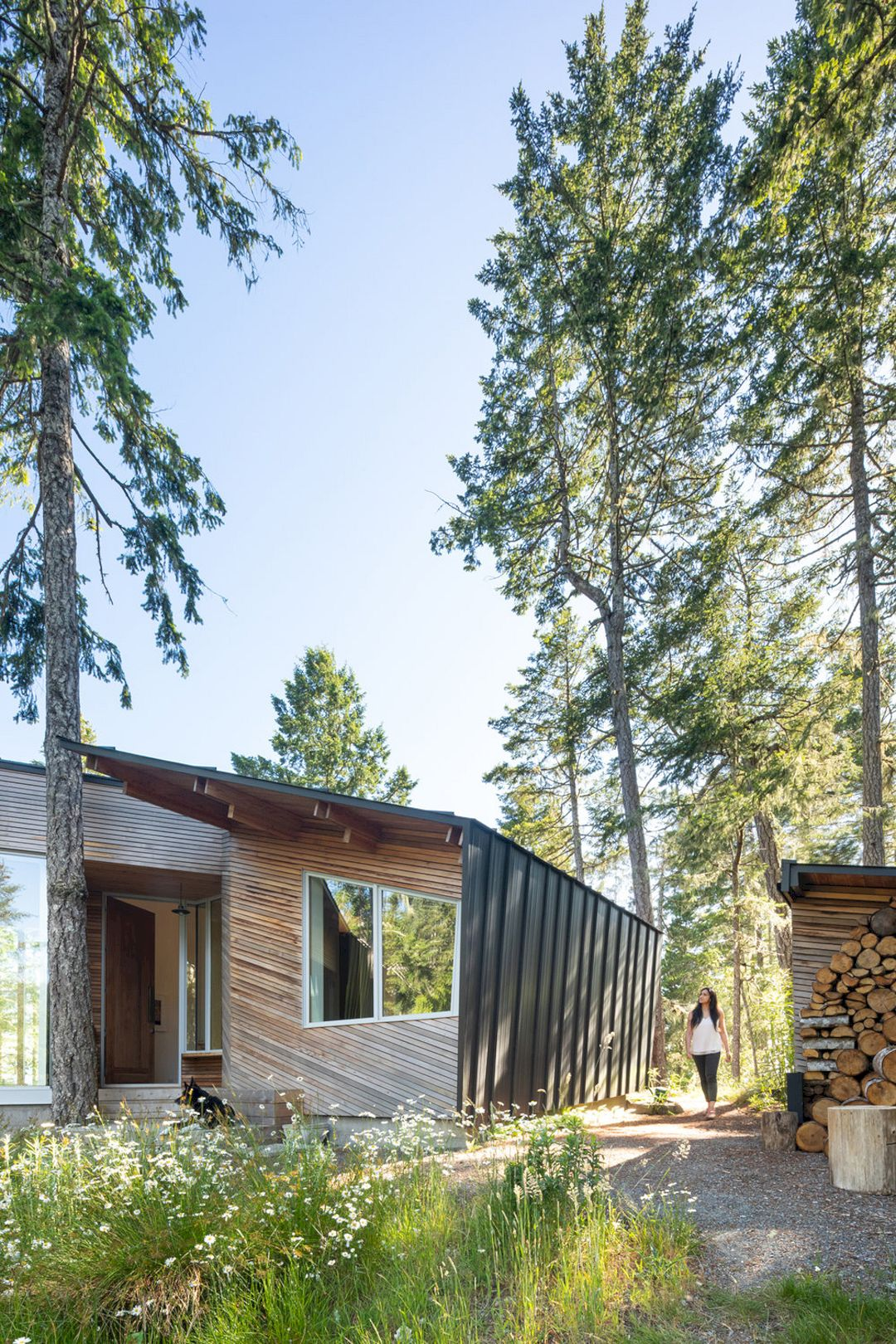 Sooke 01 House By Campos Studio 15