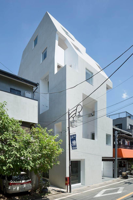 Kitasenzoku Apartment By Tomoyuki Kurokawa Architects 8