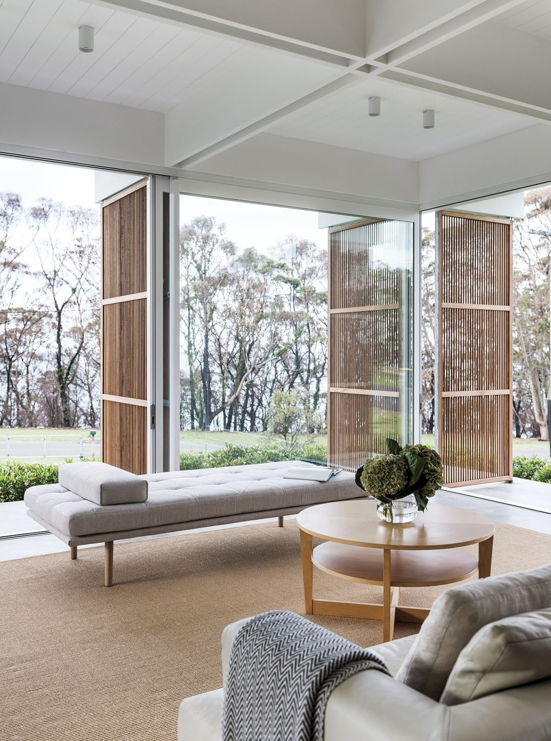 Bendalong Beach House By Madeleine Blanchfield Architects 18