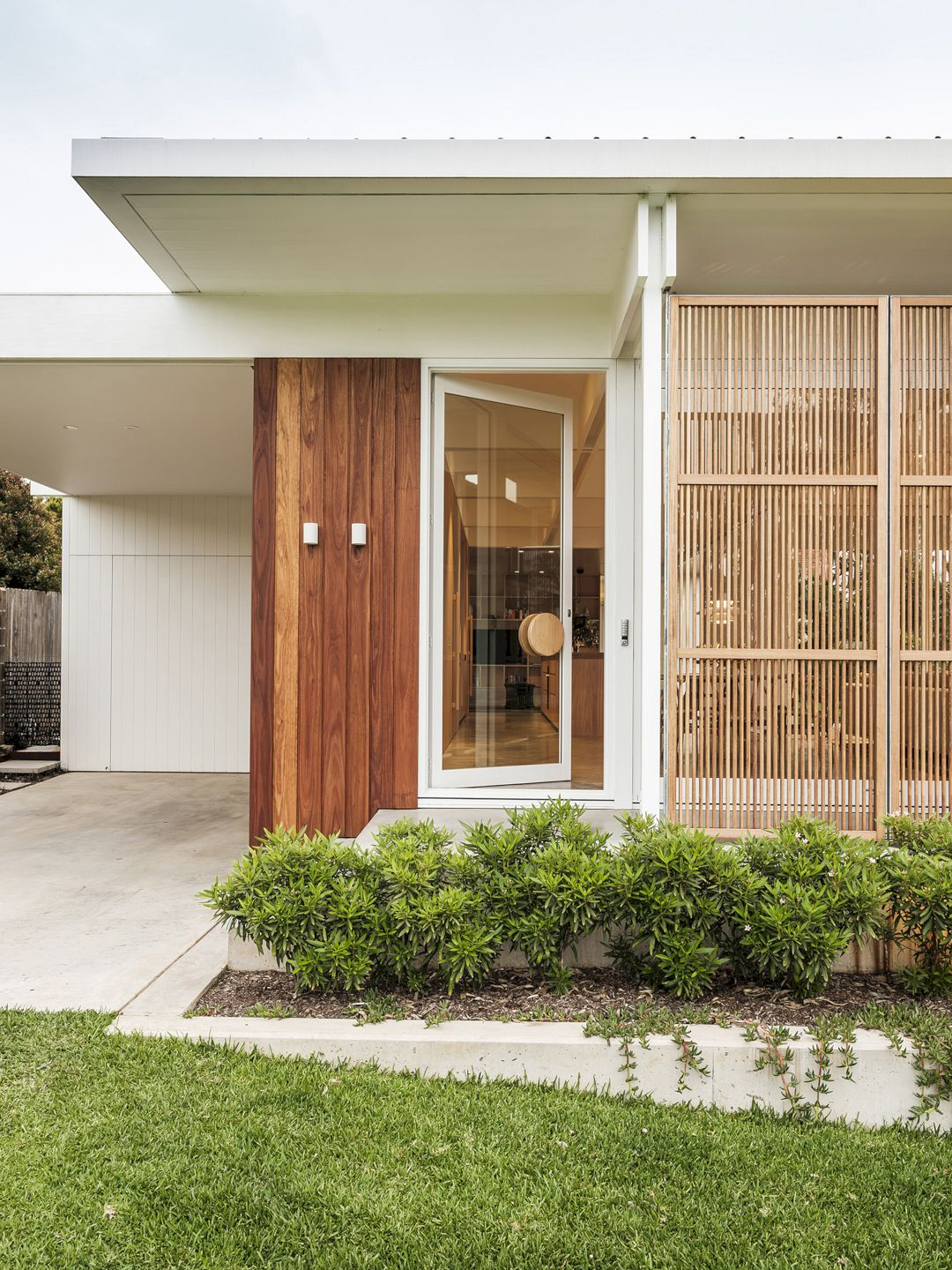 Bendalong Beach House By Madeleine Blanchfield Architects 19
