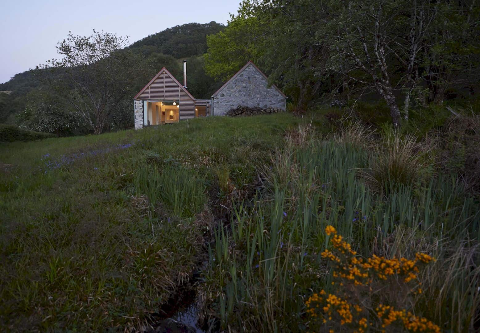 Fernaig Cottage By Hopkins Architects 3