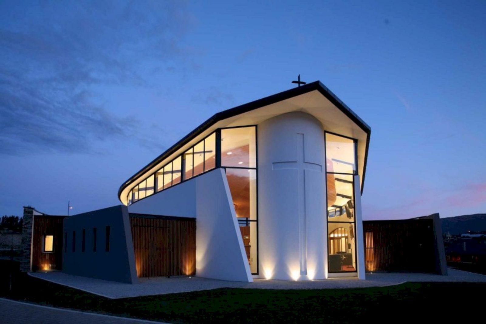 Holy Family Catholic Church By Condon Scott Architects 4