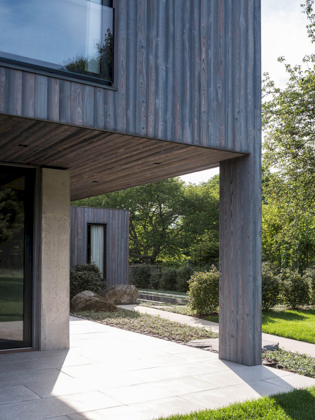 House In The Lanes By MB Architecture 18