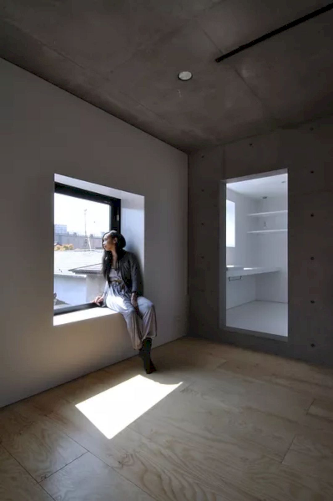 KMM3 Apartment By ISSHOArchitects 2