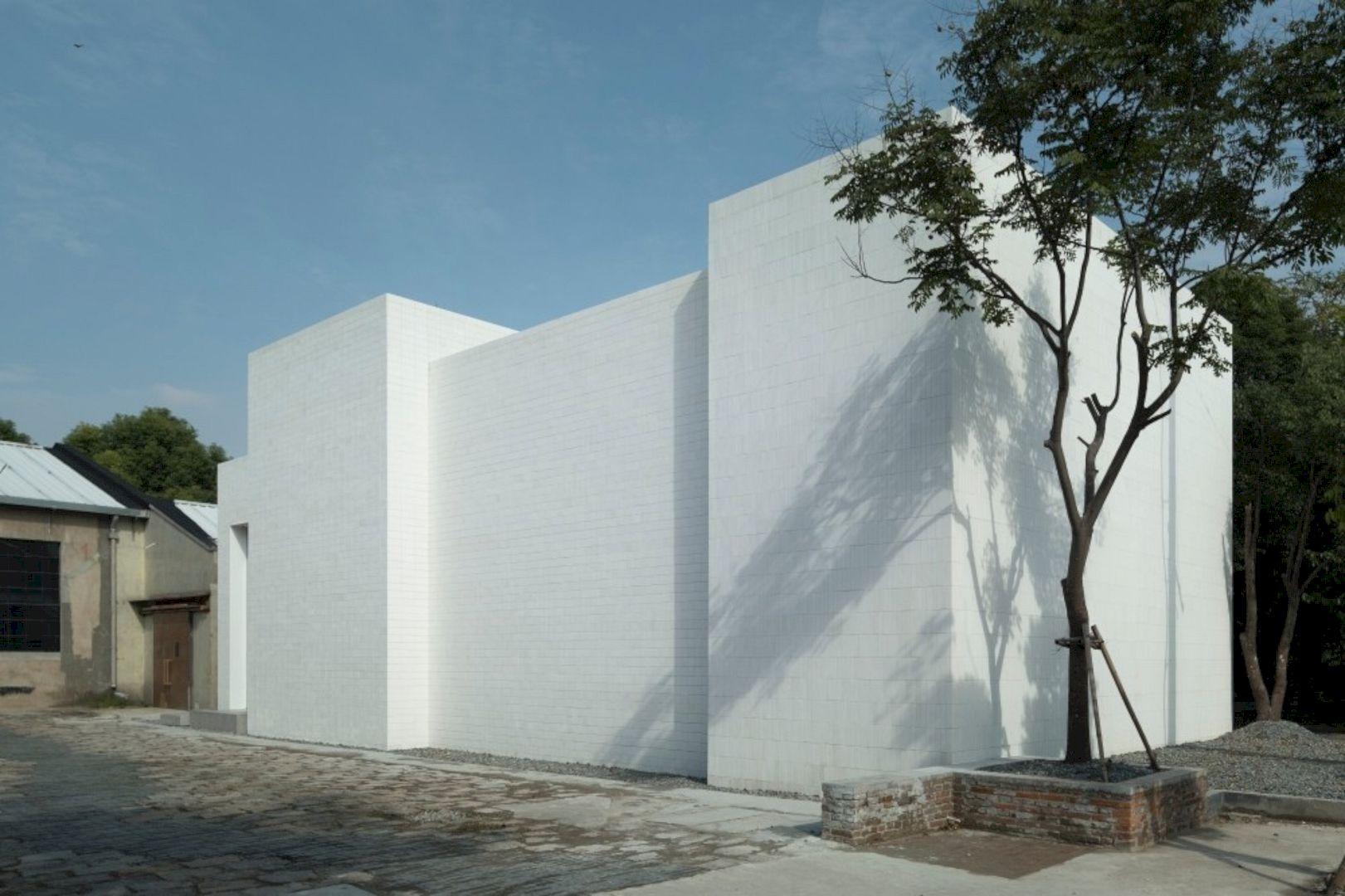 OTA FINE ARTS Gallery By BLUE Architecture Studio 10