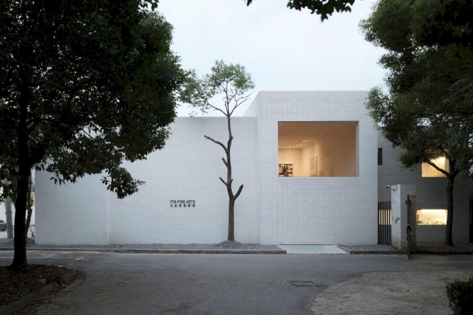 OTA FINE ARTS Gallery By BLUE Architecture Studio 11