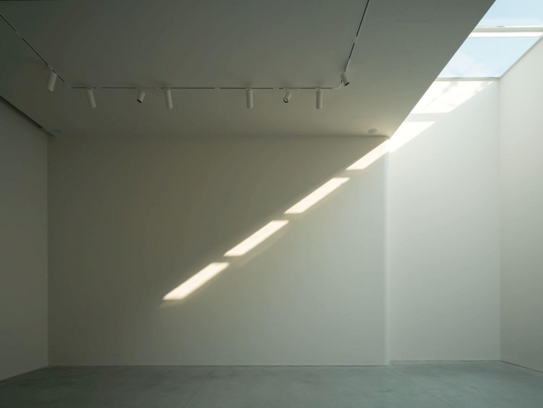 OTA FINE ARTS Gallery By BLUE Architecture Studio 15