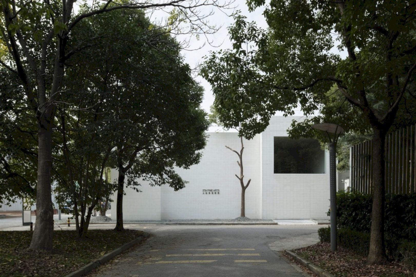 OTA FINE ARTS Gallery By BLUE Architecture Studio 18