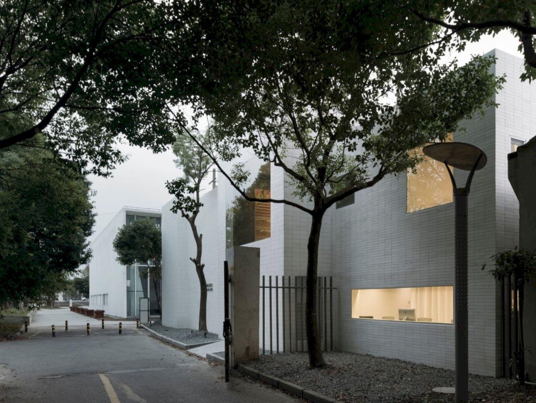 OTA FINE ARTS Gallery By BLUE Architecture Studio 19