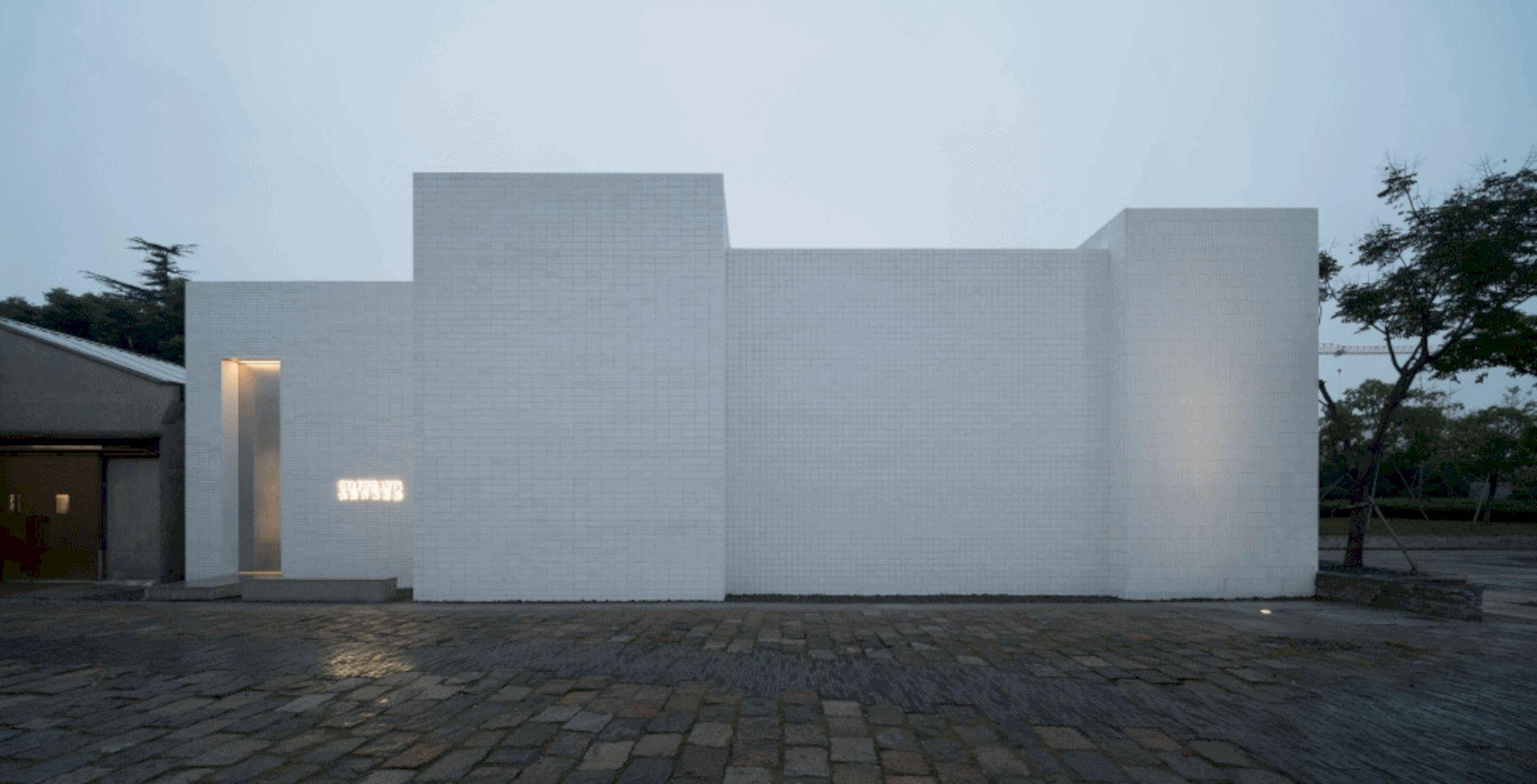 OTA FINE ARTS Gallery By BLUE Architecture Studio 21