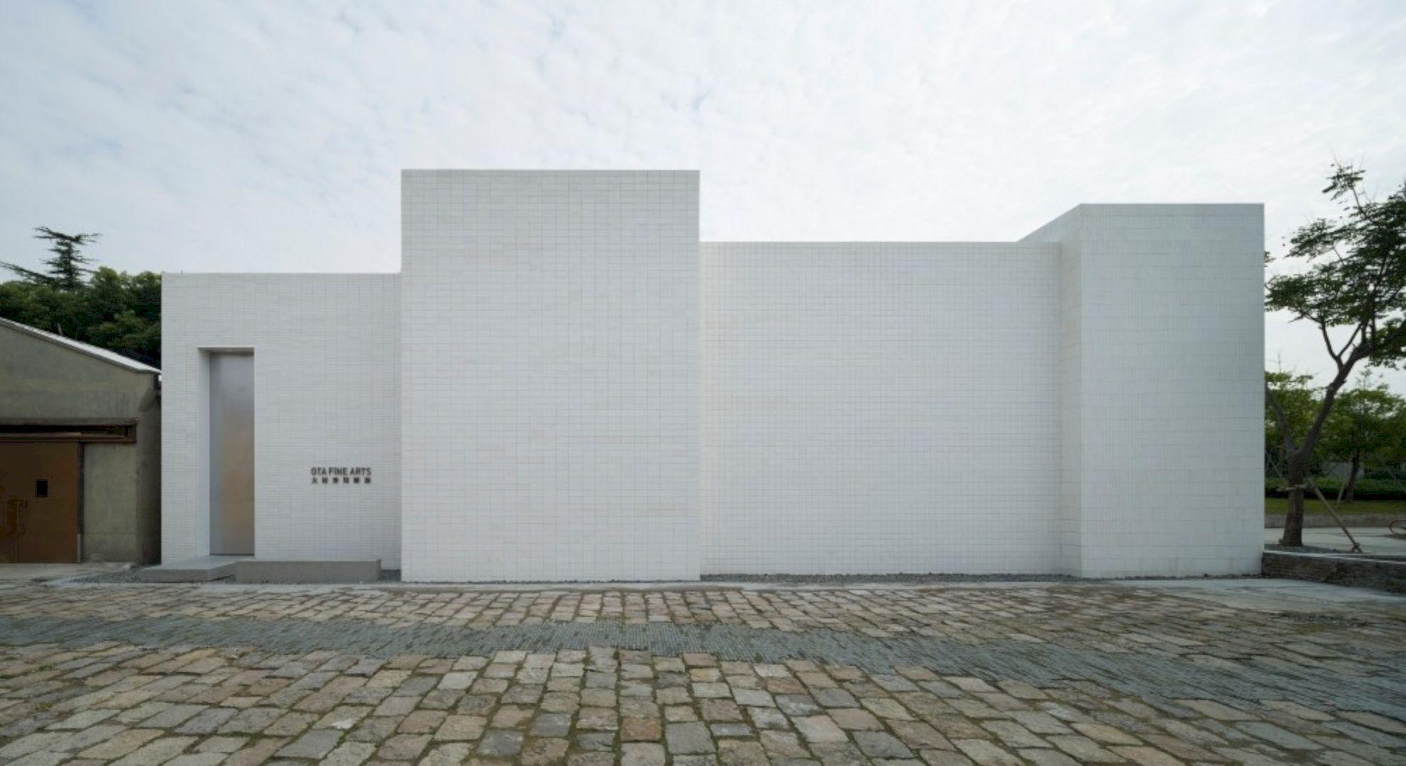 OTA FINE ARTS Gallery By BLUE Architecture Studio 4