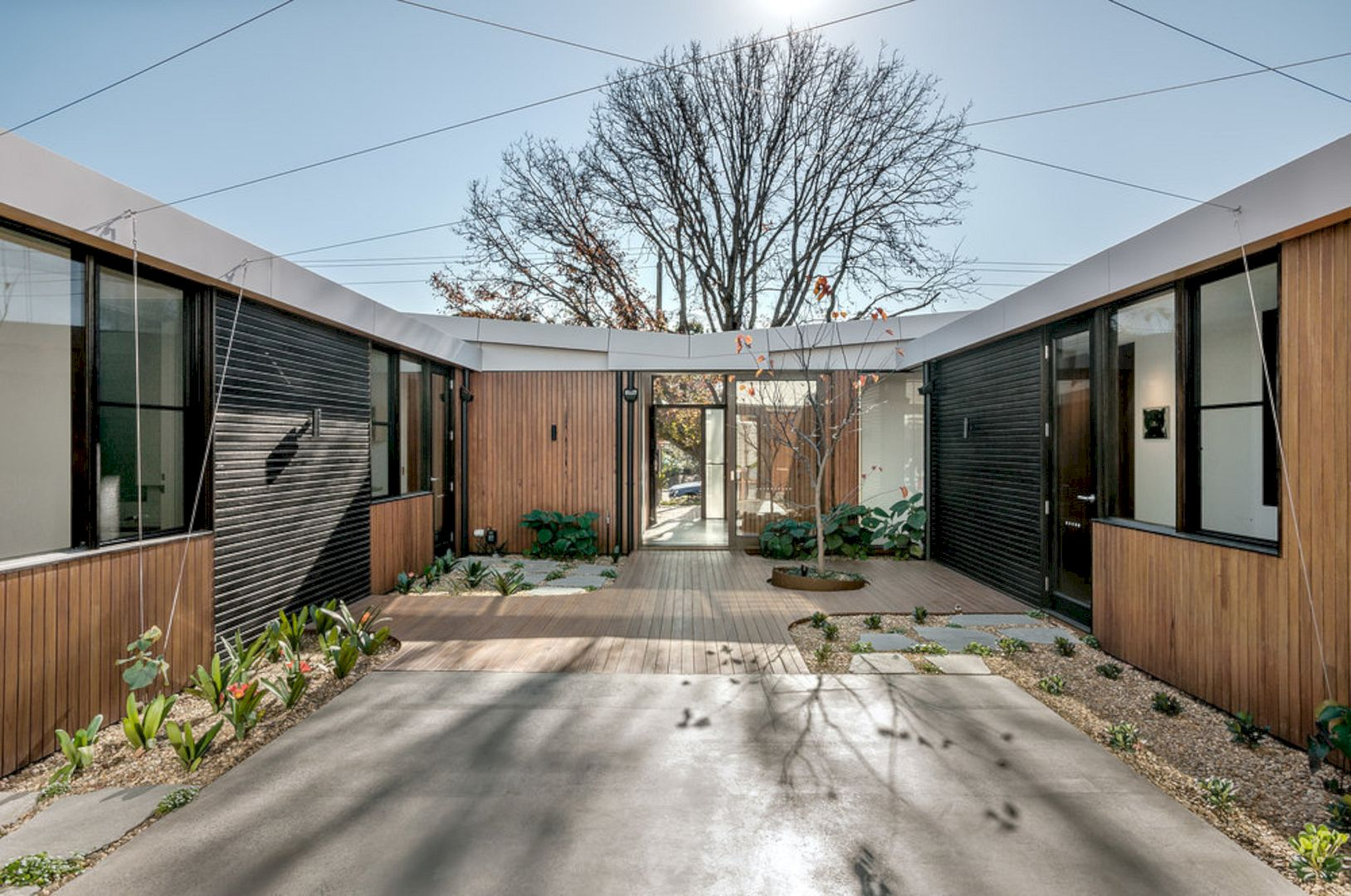 Courtyard House Elsternwick By Zen Architects 4