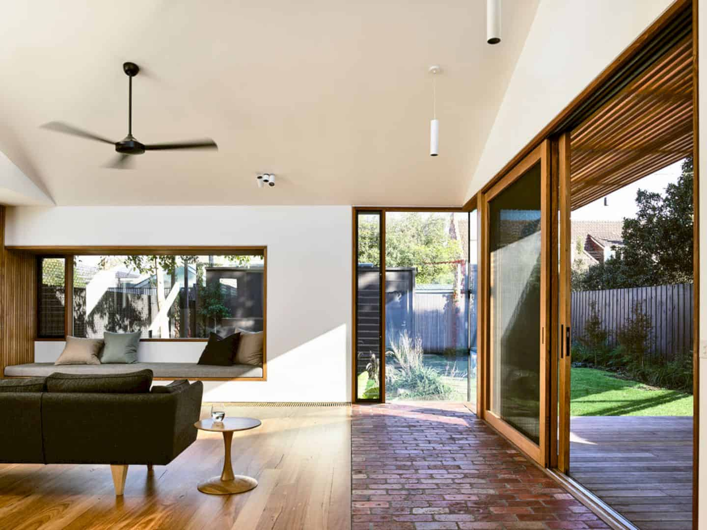 Light Saw House Fitzroy North By Zen Architects 3