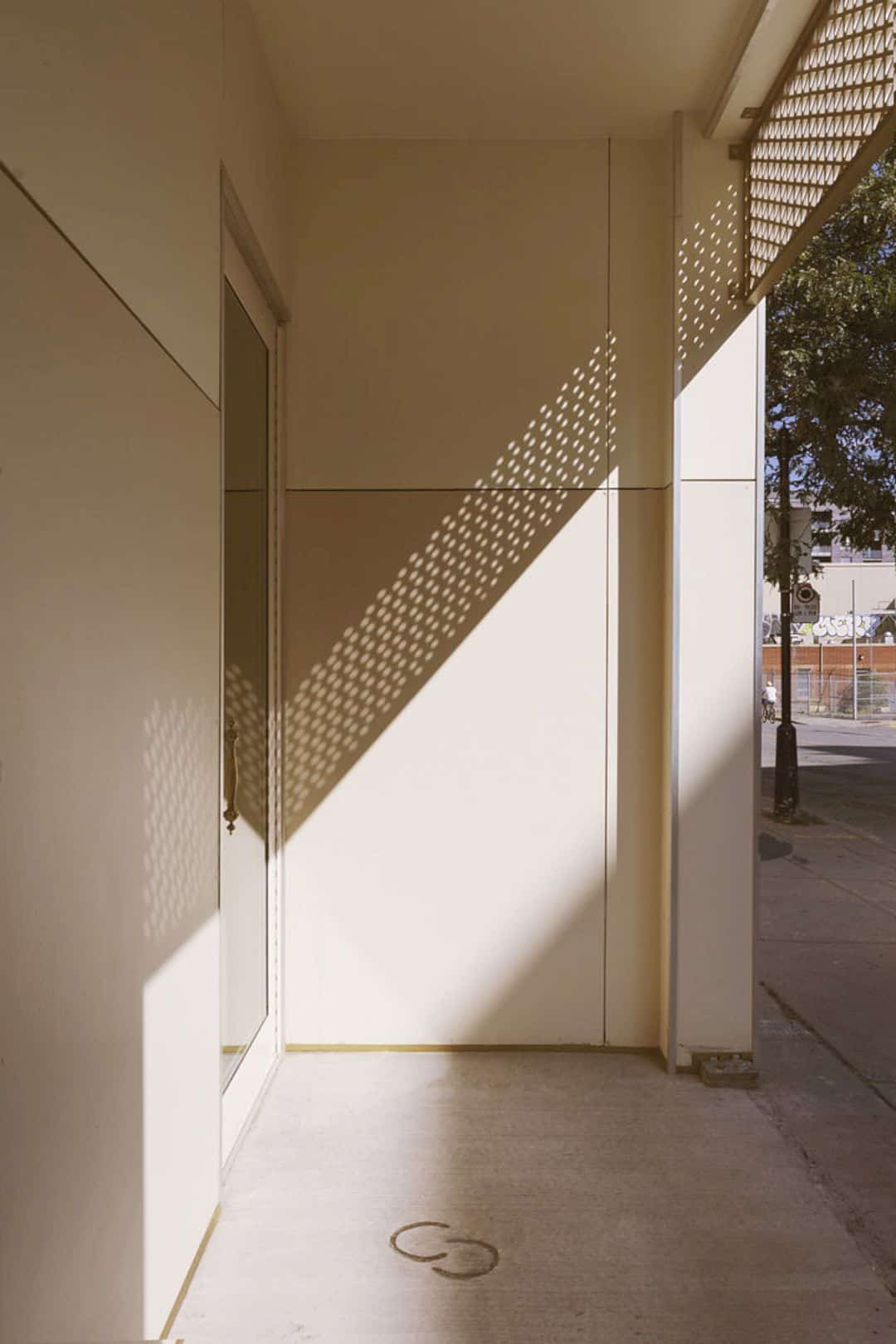 Pearls And Paddock By Maurice Martel Architecte 8