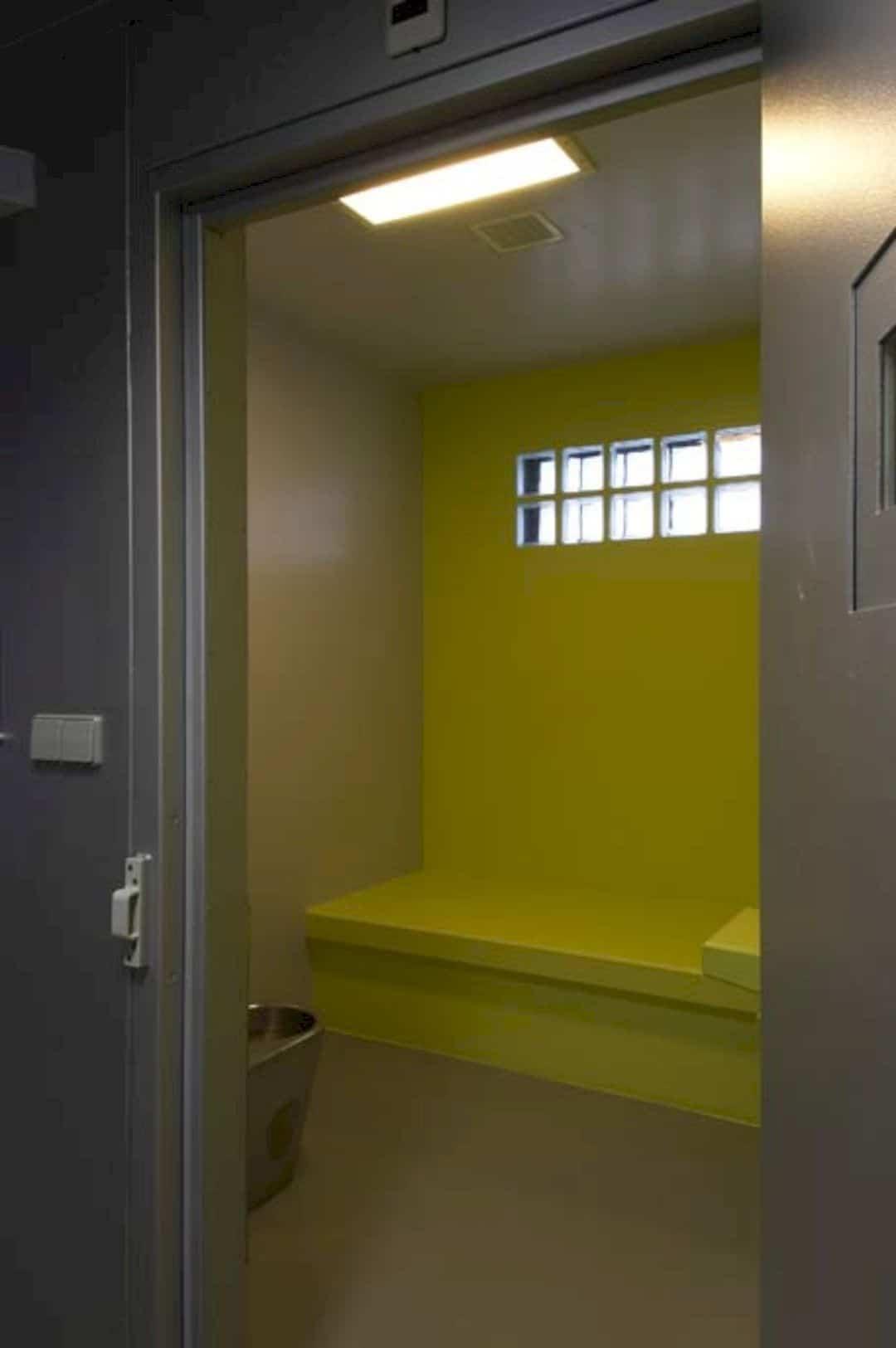 Police Station Hengelo By Jeanne Dekkers Architectuur 1