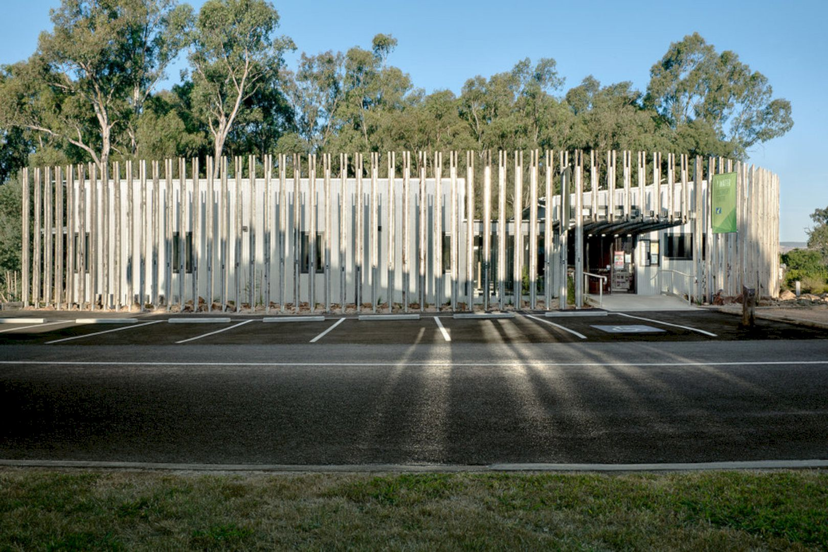 Wetlands Discovery Centre Yea By Zen Architects 5