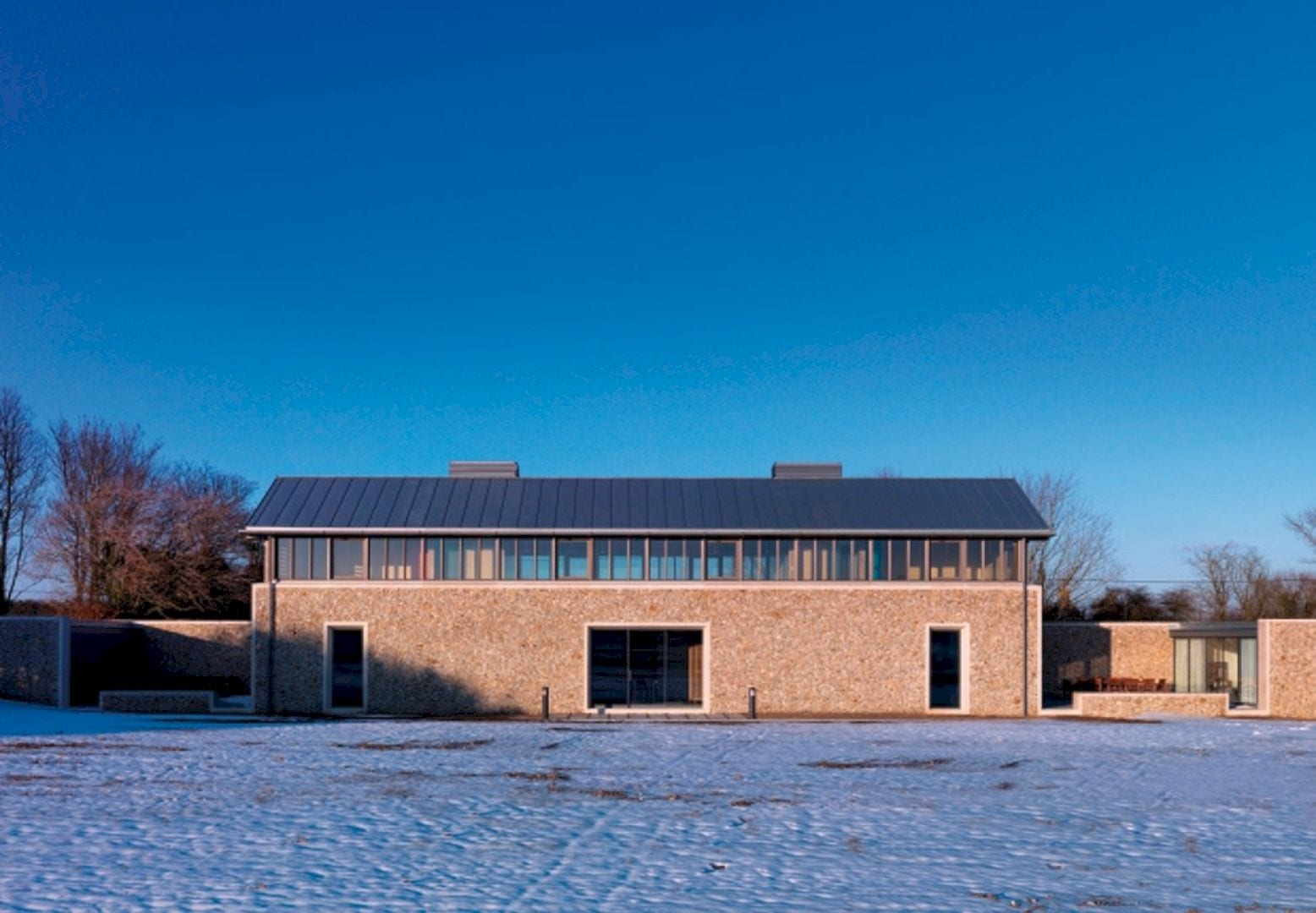 Living Architecture The Long House By Hopkins Architects 8