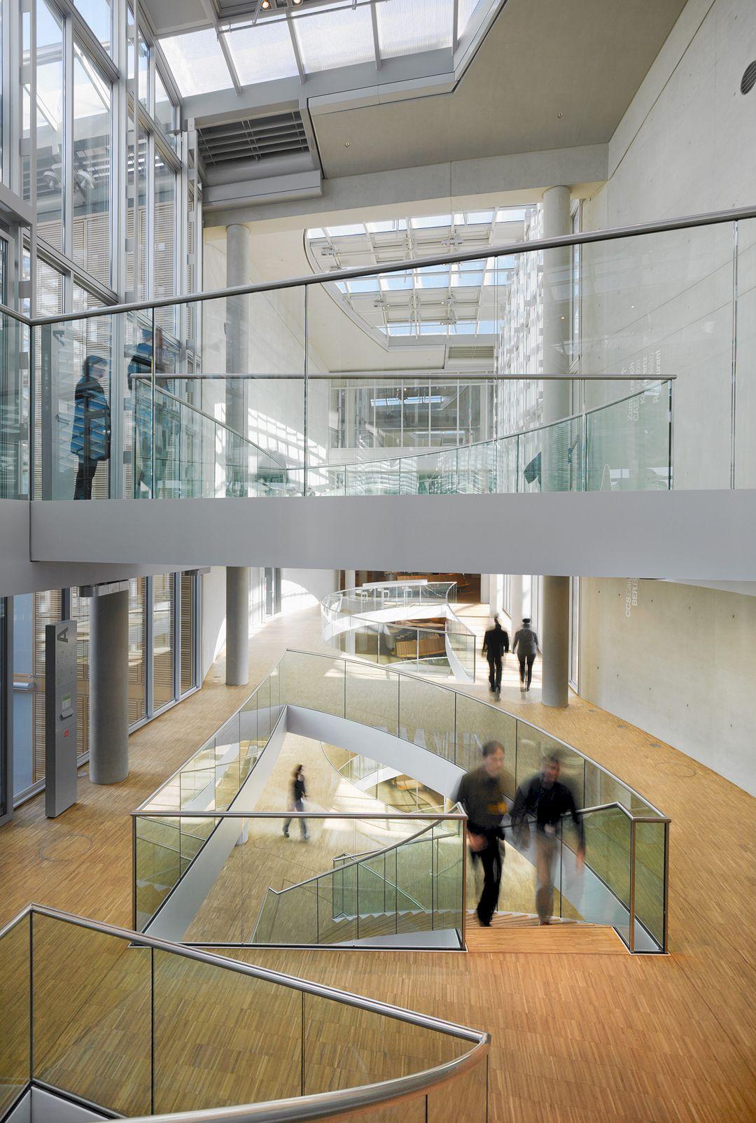 Lufthansa Aviation Center Frankfurt By Ingenhoven Architects 10