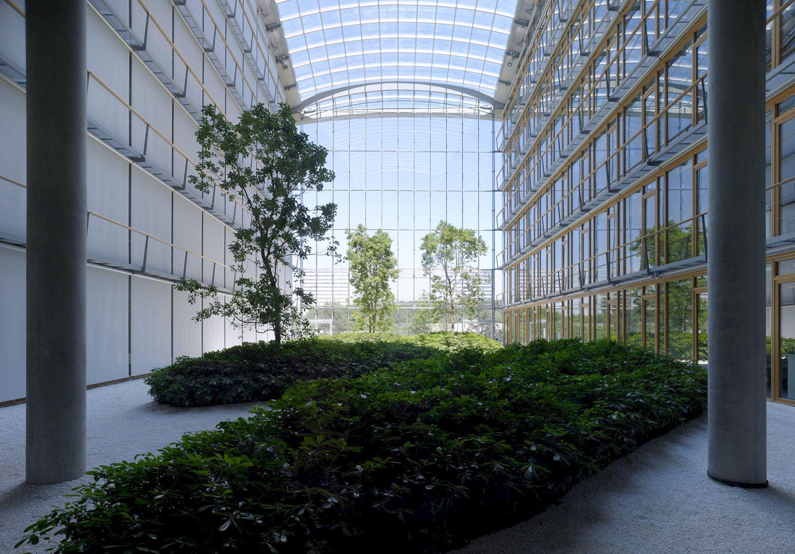 Lufthansa Aviation Center Frankfurt By Ingenhoven Architects 3